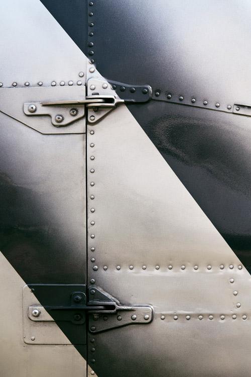 Painting & Priming of Aluminum Exterior Aircraft Skins-Prestige